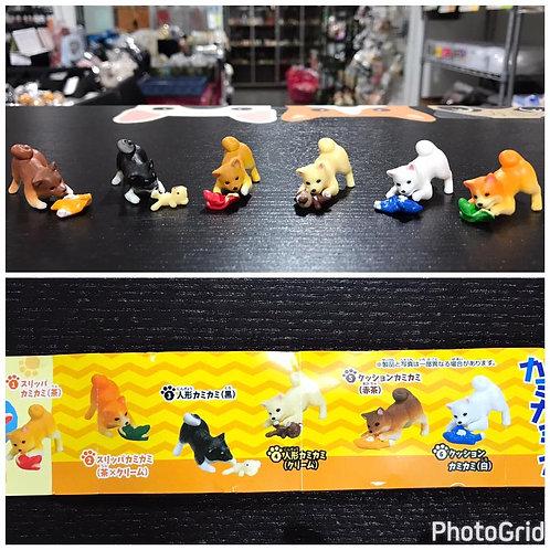 D01754 柴犬咬玩具扭蛋 (一套六隻)