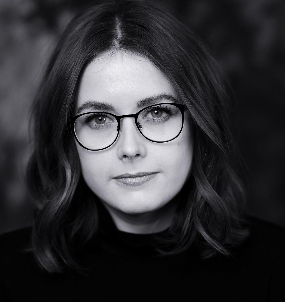 Carolin Claßen Hair & Make-up Artist _ Brautstylist