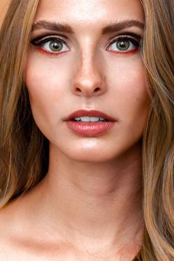 Carolin_Claßen_nrw_jennifer_kluepfel_beauty_eyeliner