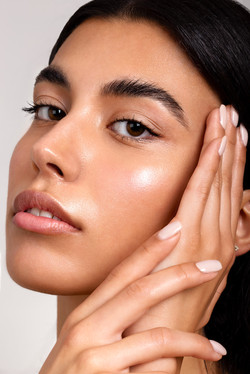 Carolin_Claßen_Beautymakeup_editorial_Skincare_Jennifer_Kluepfel