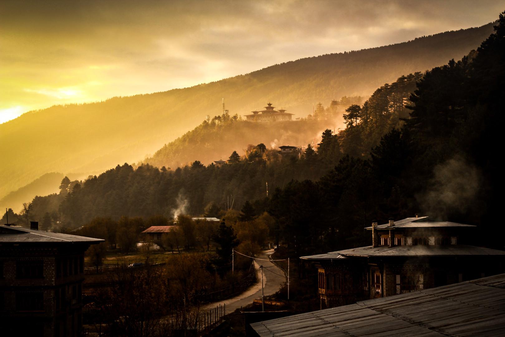 Smoky Sunset | Bhutan, 2017