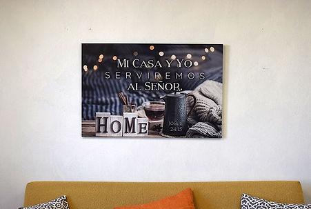 614042007981-lienzo-mi-casa-y-yo-servire