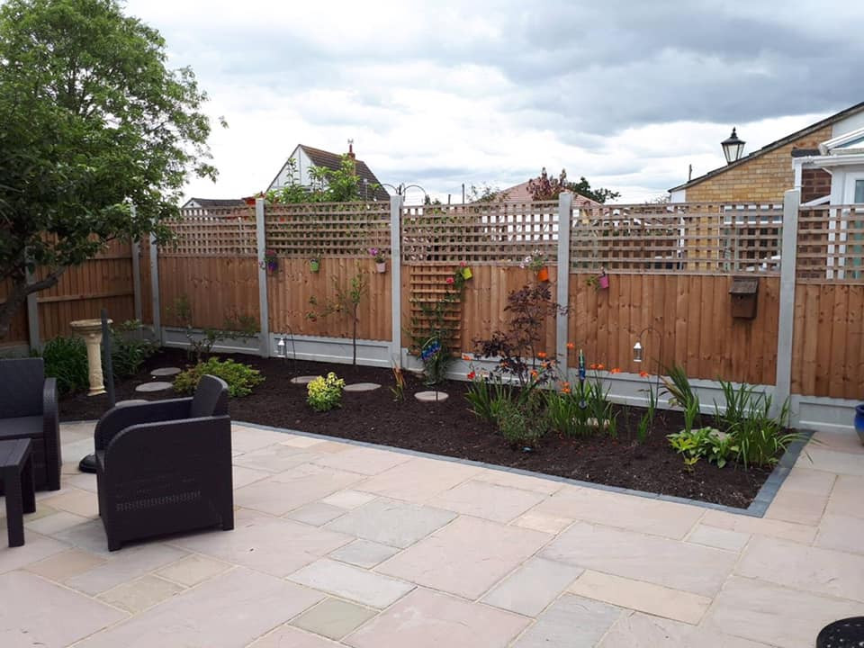 CJ Landscaping | Fencing