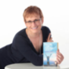 Lucie Legare, Author of MASTER YOUR PERSONAL EVEREST - How to Empower Yourself by using the CHANGE Pyramid Model