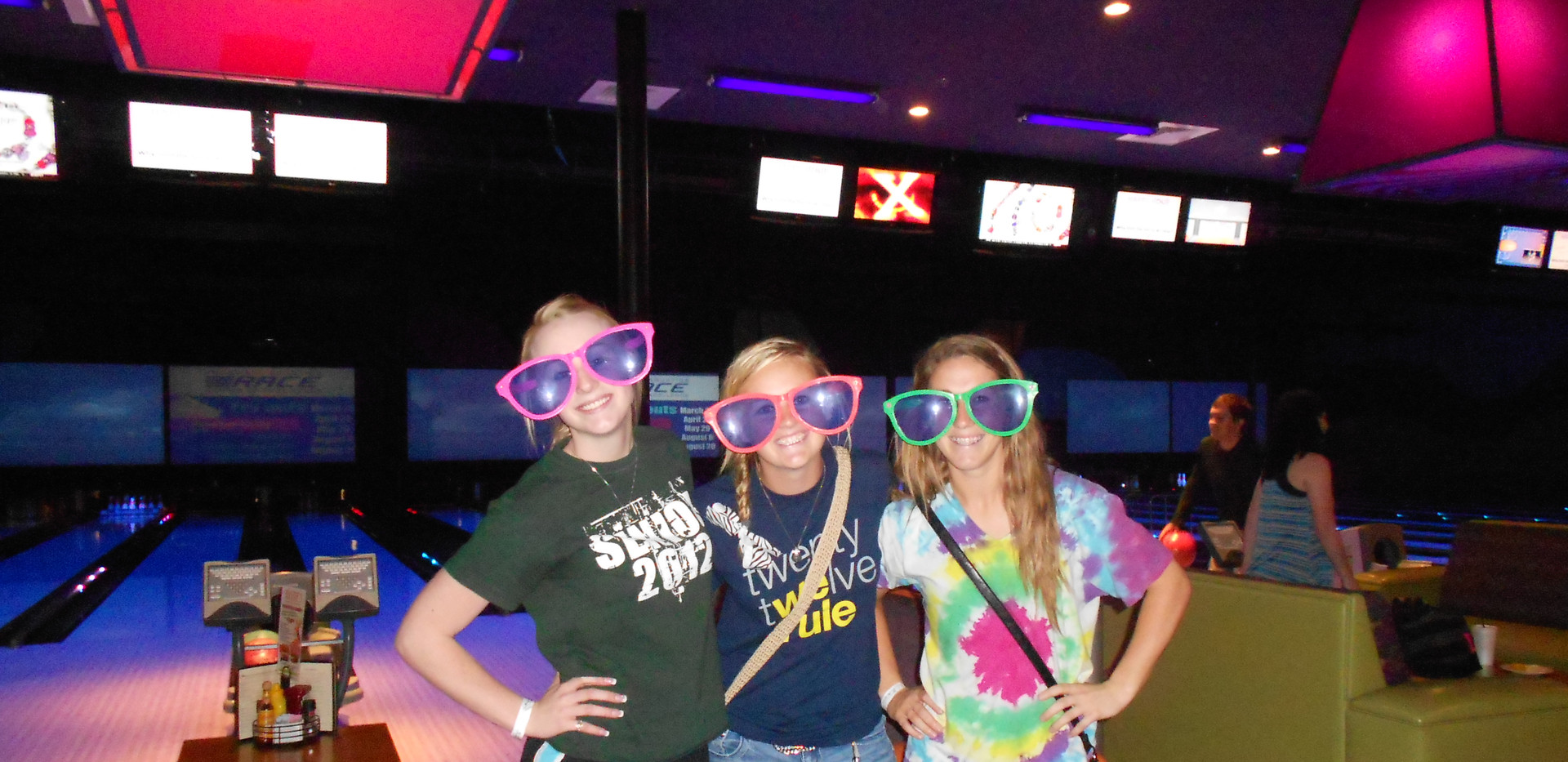 Crazy Glasses Bowling 5-16-12.jpg