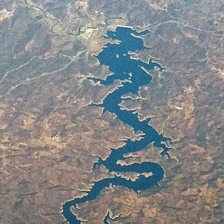 De rivier van de blauwe draak