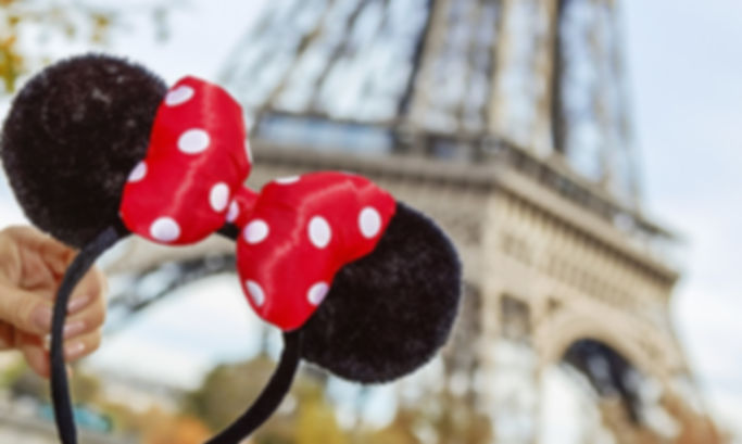 dreamstime_xxl_76729709_DisneylandParis_
