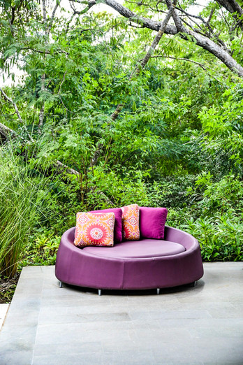 A lounge area at Zona Azul