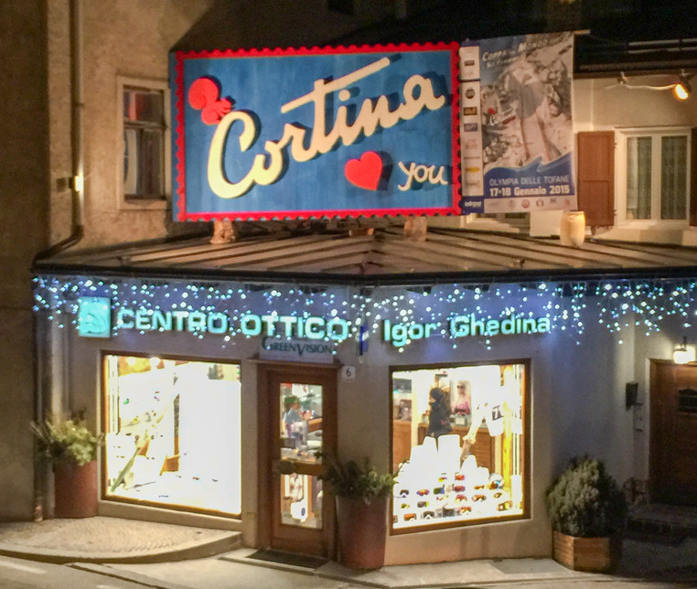 Downtown Cortina