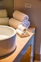 Sinks & Towels