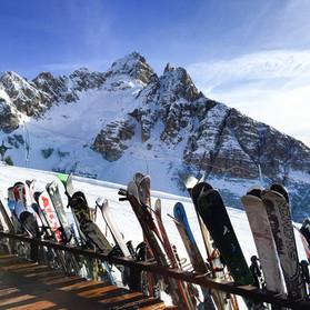Skis at Rifugio Capanna Tondi - Cortina