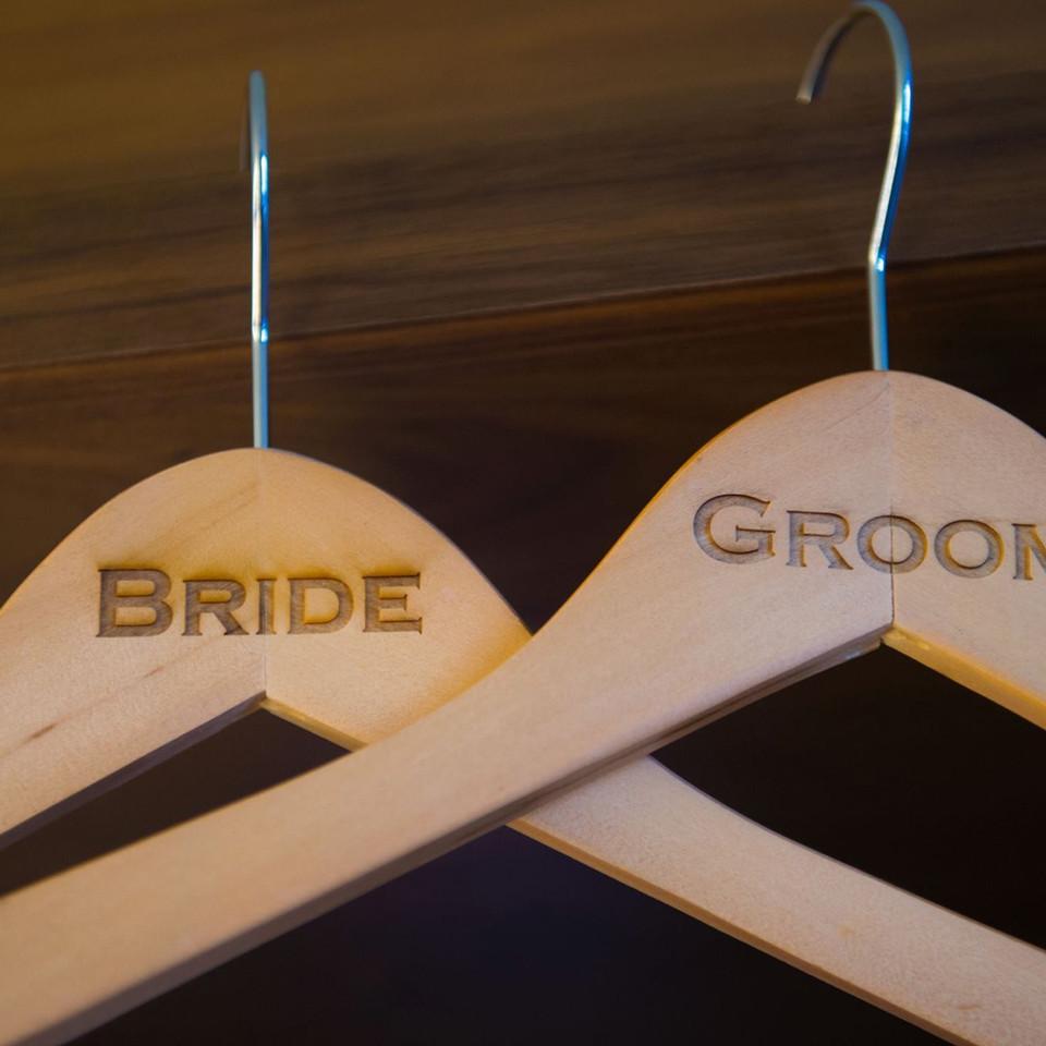 Wedding Hangers Bride & Groom