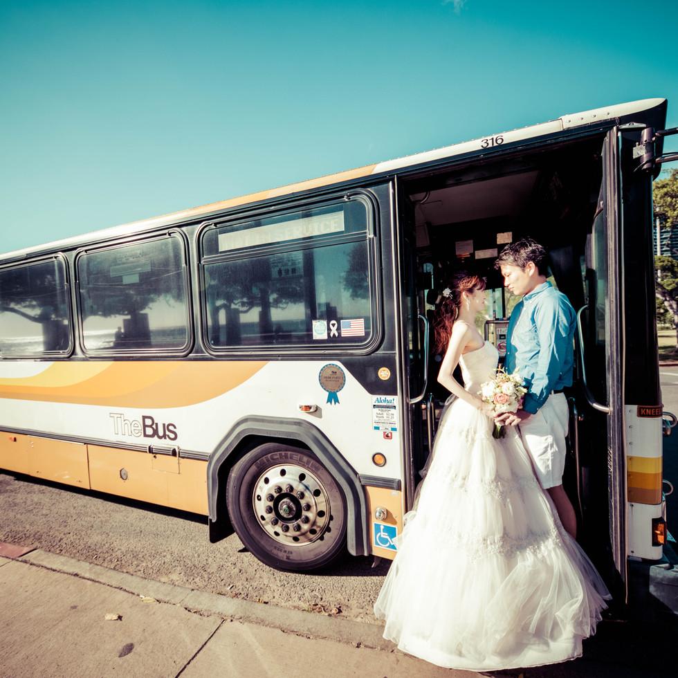 Couple on The Bus Hawaii
