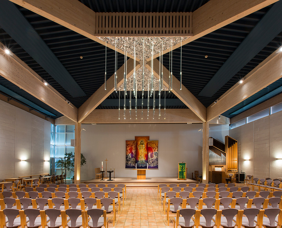 Storhamar kirke-lysekrone