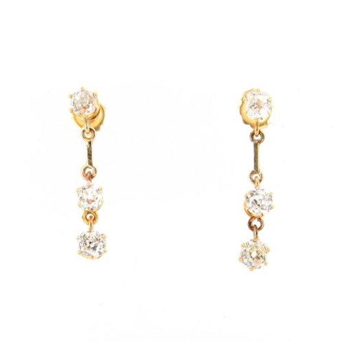 1.00ctw Diamonds Trilogy Drop Earrings Front