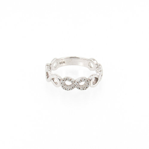 0.09ctw Round Diamonds Infinity Ring Turned