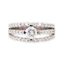 1.32ctw Round Diamonds 3-Rows Ring