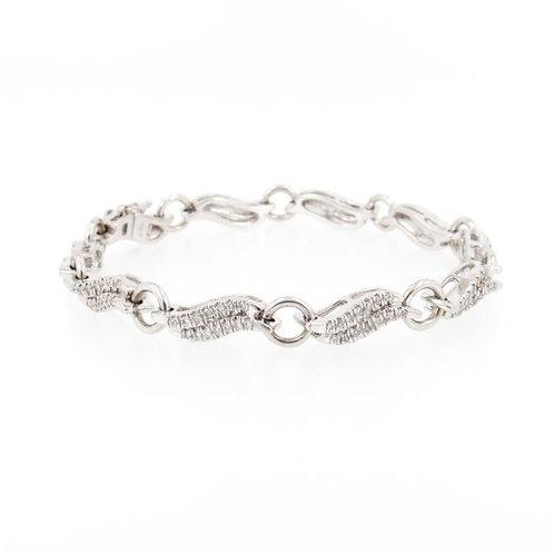 1.00 ctw Diamonds Wave Design Bracelet Front
