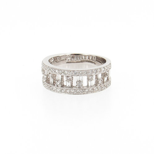 0.75ctw Round and Baguette Diamonds Ring Front