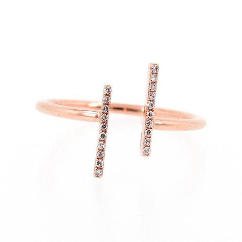 0.06 ctw Diamond Parallel Bars Ring Front