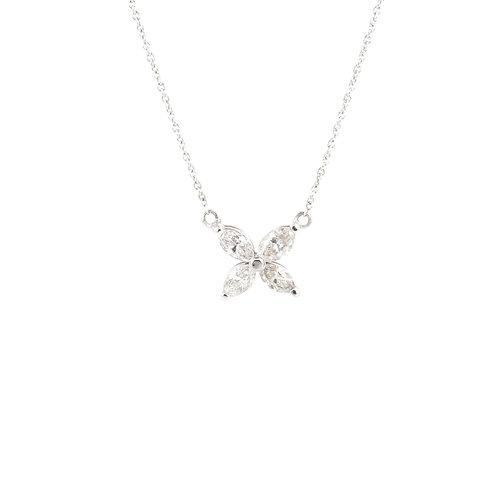 0.65ctw Diamonds Flower Necklace Front