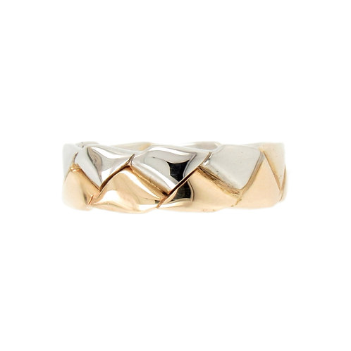 Two Tone Interlocking Teeth Eternity Ring