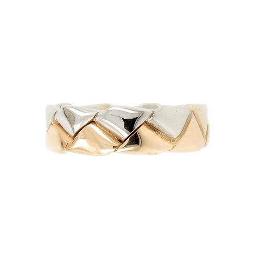 Two Tone Interlocking Teeth Eternity Ring