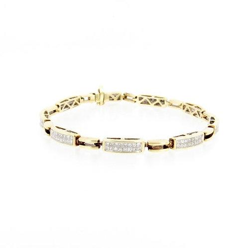 4.50ctw Princess Cut Diamonds Bracelet Front