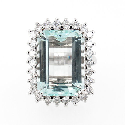 14.56ct Aquamarine with Diamonds Halo Front