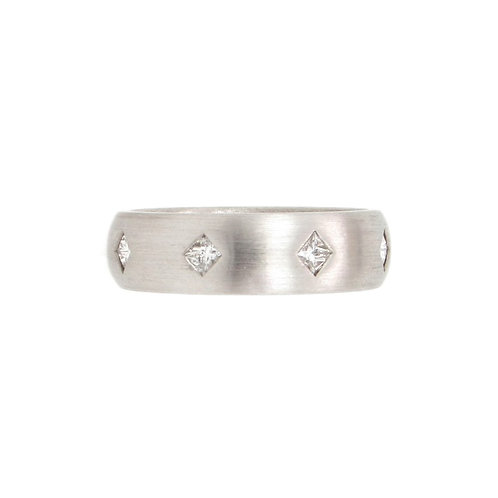 0.72ctw Princess Cut Diamonds Eternity Platinum Ring