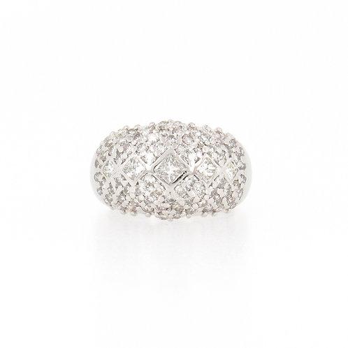 1.65ctw Round & Princess Diamonds Dome Ring Front