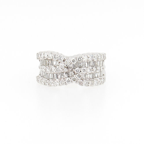 2.50ctw Diamonds Cocktail Ring Front