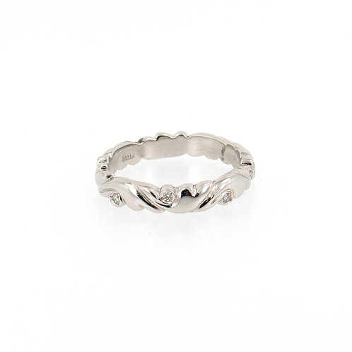 0.08ctw Round Diamonds Winds Design Ring Turned