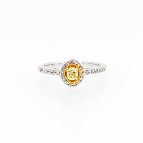 0.38ctw Yellow and White Diamonds Front