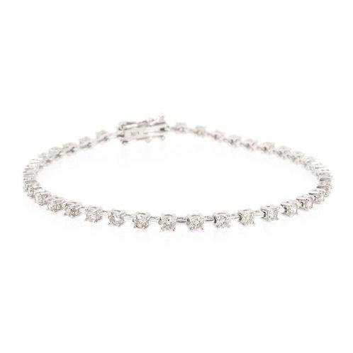 2.20ctw Diamonds Tennis Bracelet Front