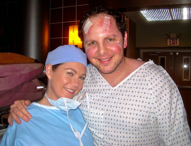 """Austin with the sugary sweet Ellen Pompeo on the set of """"Grey's Anatomy"""""""