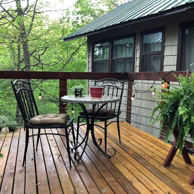 Serenity Creek Treehouse Deck