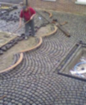 Installation block paving
