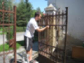 painting metal gates