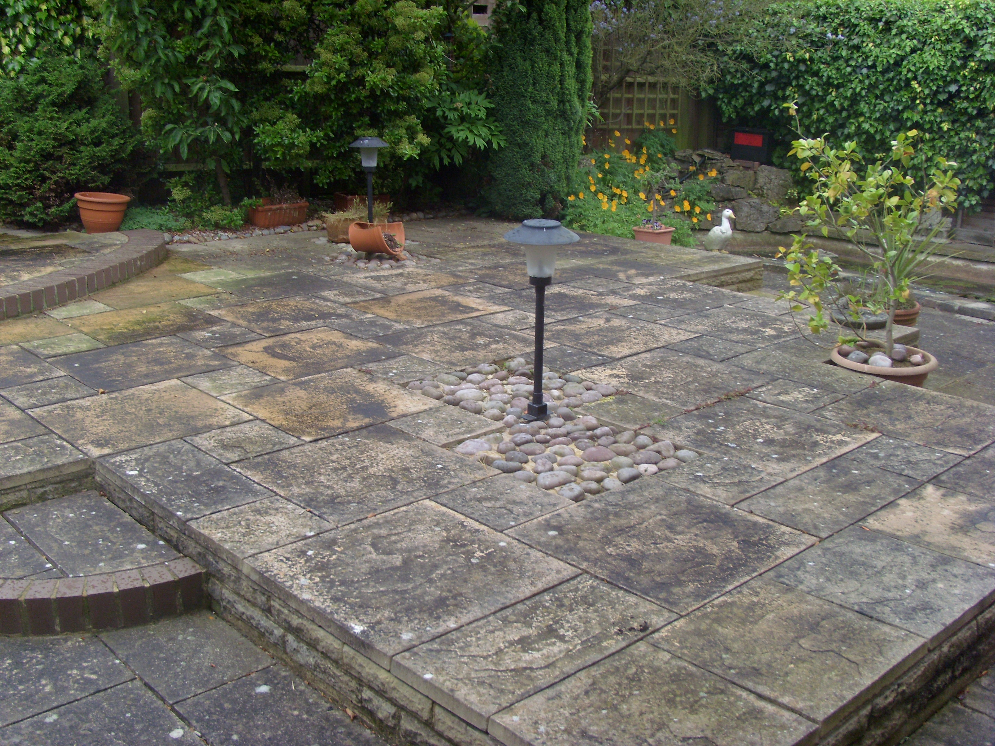 Jet Washing - Patio pre-clean.jpg