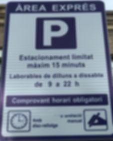 foto aparcamiento_edited.jpg