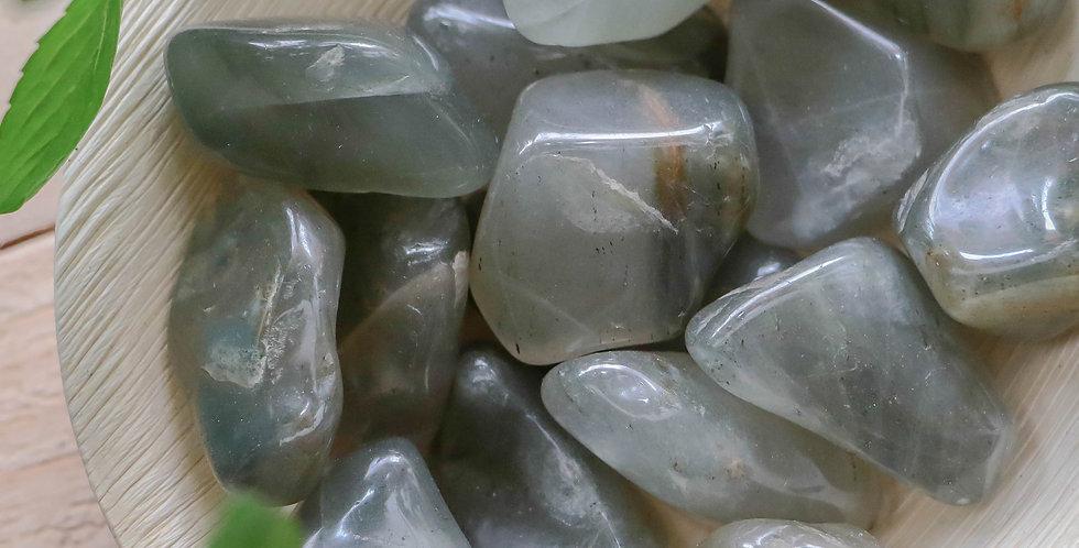 Aragonite Verde Rolada 2 a 4 cm