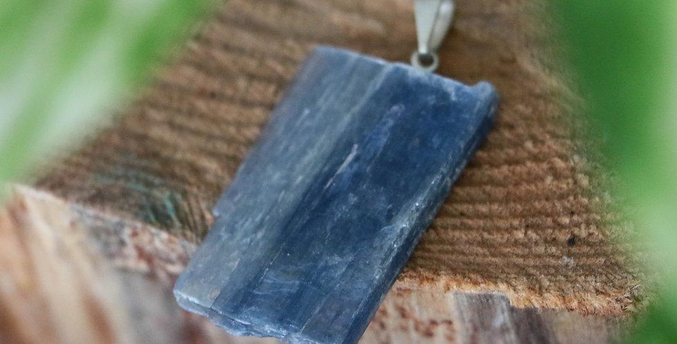 Pingente de Cianite Azul