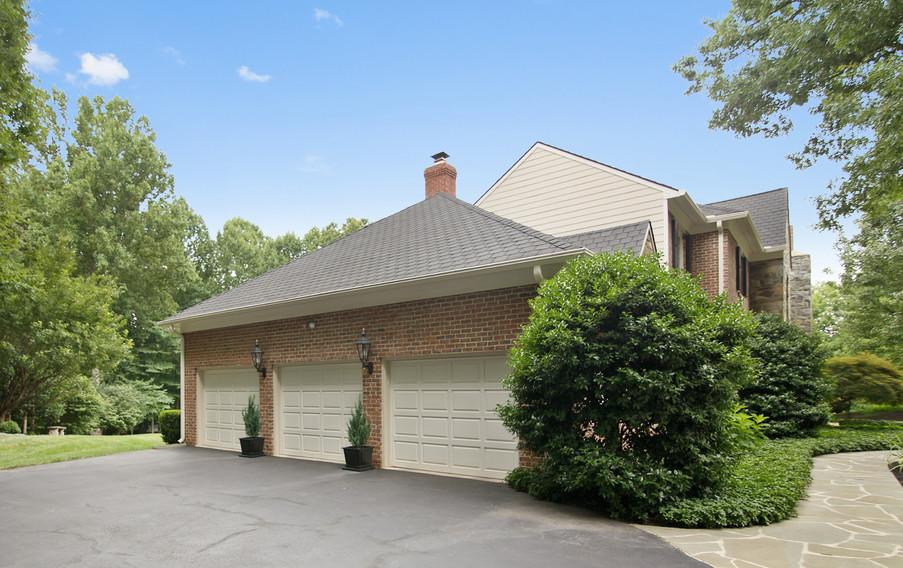 1141 Springvale Rd, Great Falls, VA - HD
