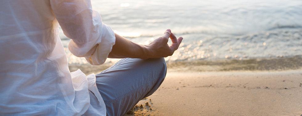 méditation plage 1500x578.jpg