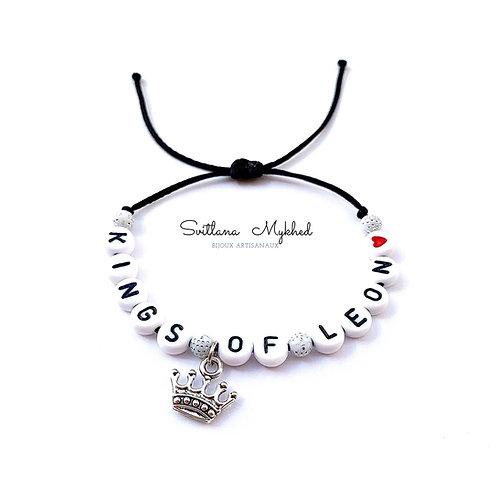 Bracelet personnalisé LEON avec prénoms nom message  création sur mesure