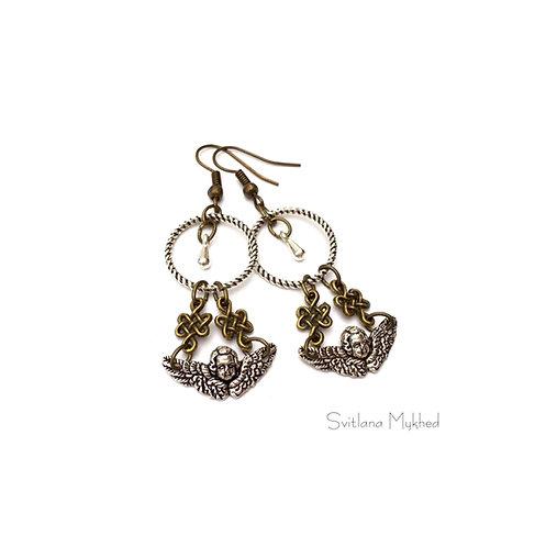 Boucles d'oreilles Anges. Amour. Love style retro, romantique. Metal bronze et argenté