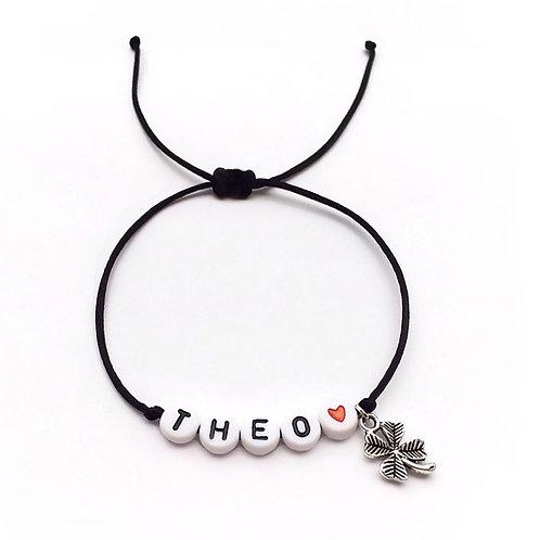 Bracelet personnalisé THÉO TREFLE LUCKY avec prénoms nom message  création sur mesure