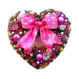 Décoration couronne florale en forme d'un coeur rose