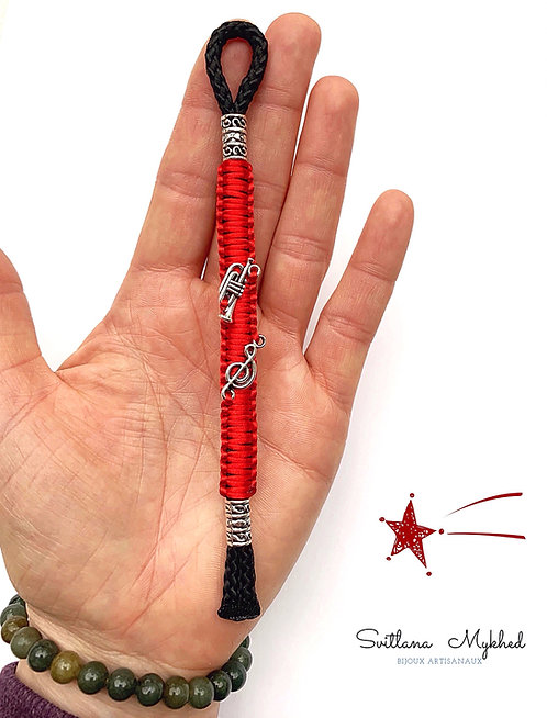 Porte clés TROMPETTE. NOTE DE MUSIQUE. MÉLODIE breloque, bijoux personnalisé de sac pour musicien (personnalisable)